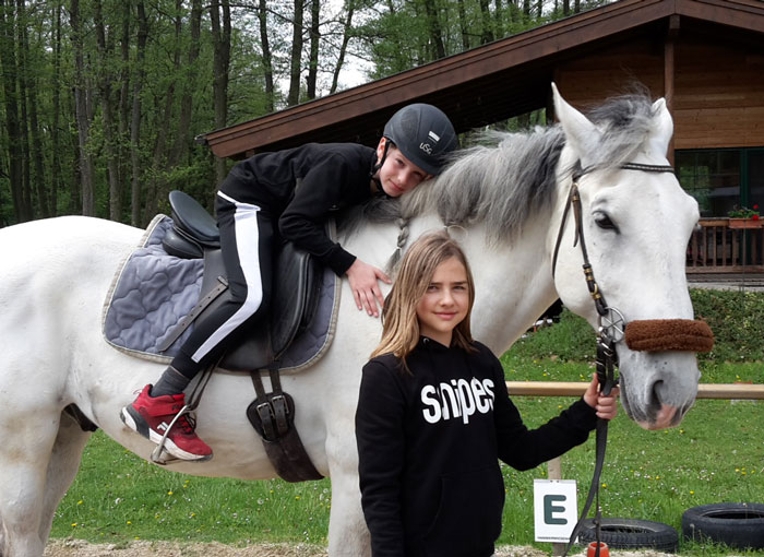Dem Pferd danken