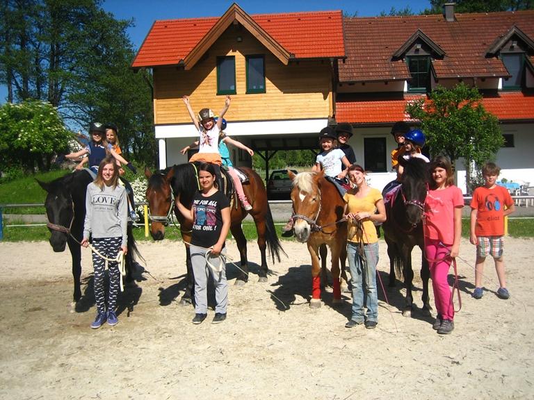 eine tolle Geburtstagsparty mit den Pferden